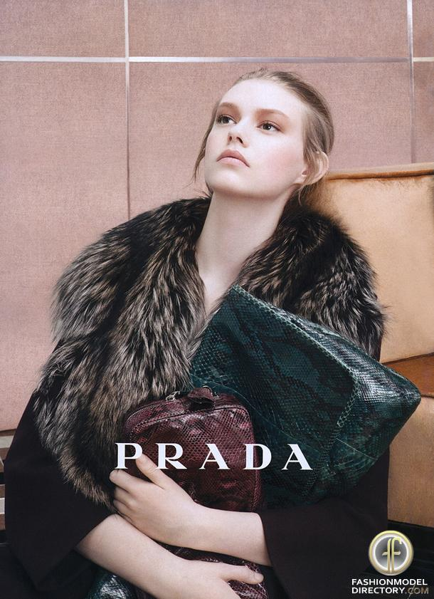 Ondria Hardin Is A Luxe Vision For Vogue Russia By Mariano: Ondria Hardin