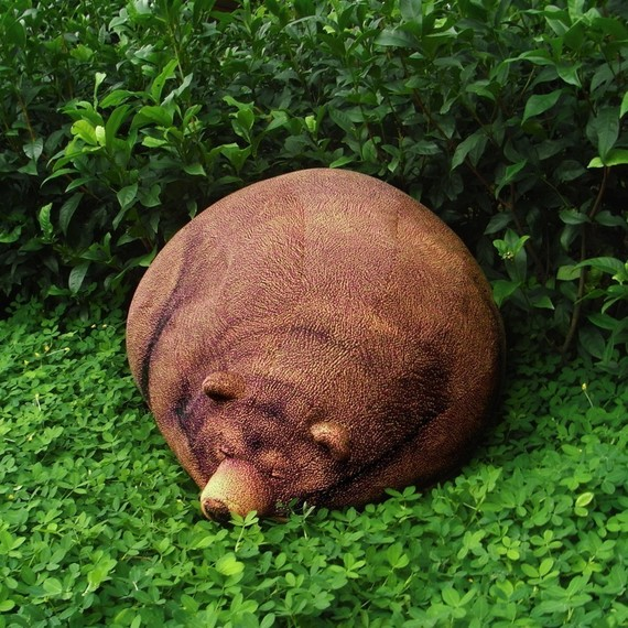 bigsleepinggrizzlybearbeanbag